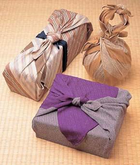 Artículos envueltos con furoshiki