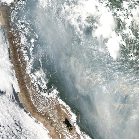 Imagen satelital de un incendio forestal en el Amazonas