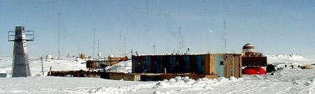 Lago subterráneo bajo la estación Vostok (Antártida)