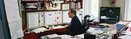Al Gore en su despacho