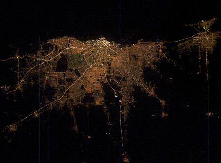 Vista satelital nocturna de Buenos Aires