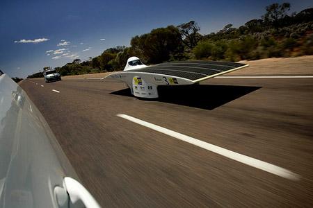 Nuna4 del Nuon Solar Team, ganador del World Solar Challenge 2007