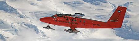 Avión equipado con radares para la investigación subglacial
