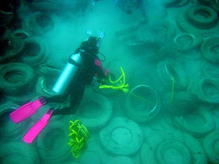 El fallido arrecife de neumáticos de Fort Lauderdale