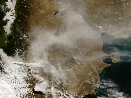 Imagen satelital: el volcán Chaitén (Chile) después de la erupción