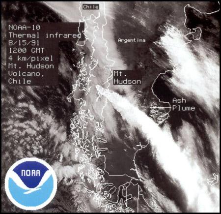 Imagen satelital de la erupción del volcán Hudson en 1991