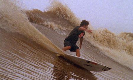 Surf en la Pororoca