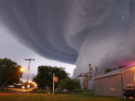 Tornado en Iowa, Estados Unidos