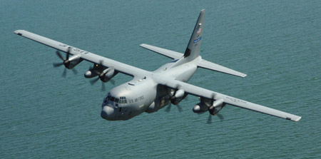 Hércules WC-130J del Escuadrón 403 de Cazadores de Huracanes