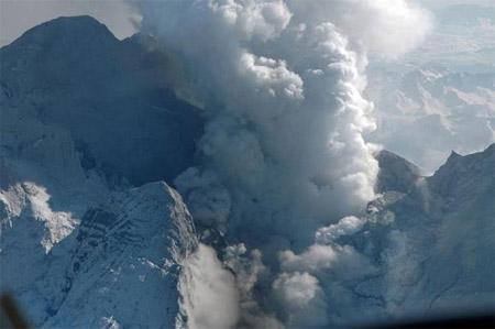 Erupción del volcán Redoubt, Alaska