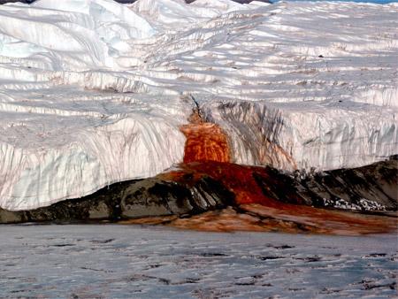 Cascada de Sangre - Glaciar Taylor, Antártida
