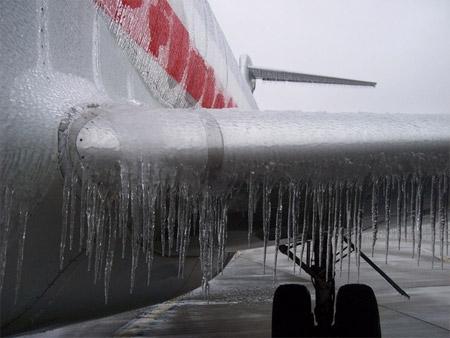 Avión expuesto al congelamiento