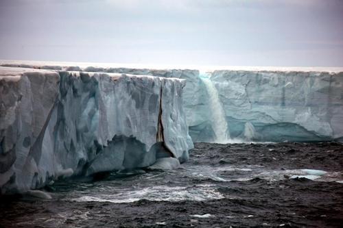 Cascada glaciar 1