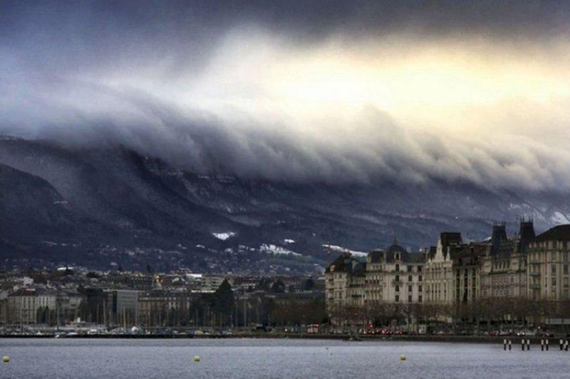 """tsunami de nubes"" Tsunami-de-nubes"