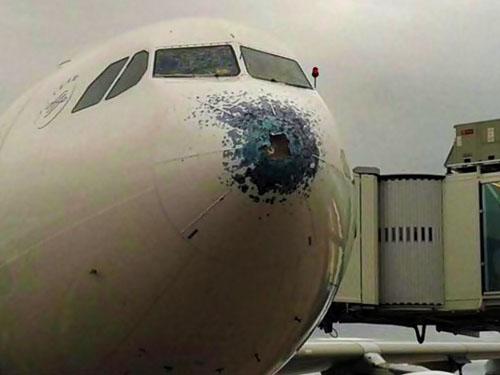 Prese avion granizo