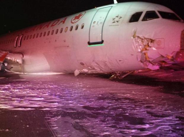 Avión despistó en la nieve