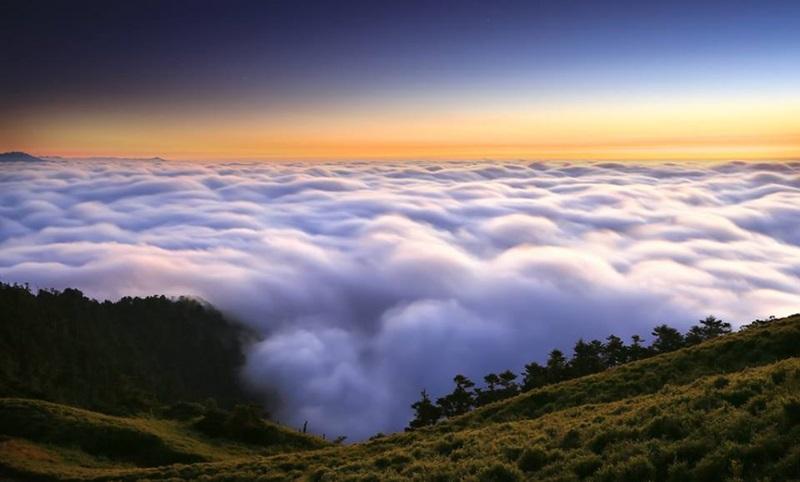Nubes en remanso
