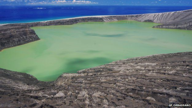 Volcan en Tonga