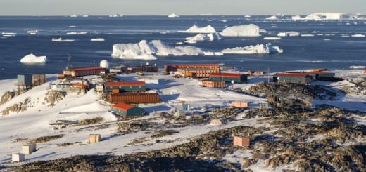Antartida y las bases