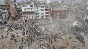 DESTRUCCION-Durbar-Katmandu-devastador-EFE_CLAIMA20150425_0093_27