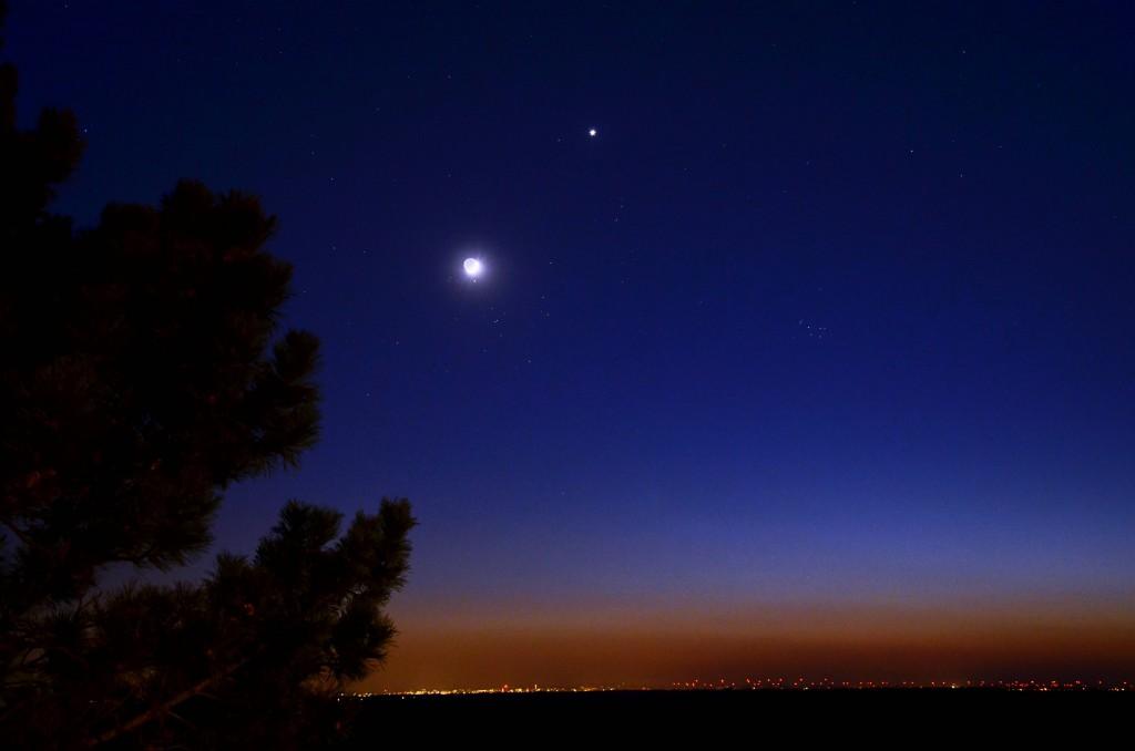 Luna, Venus y Aldebaran