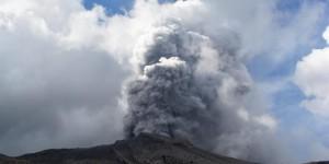 erupcion-volcan-peru
