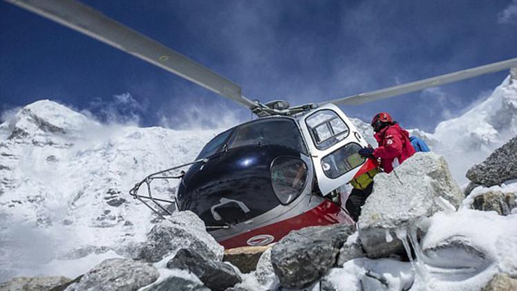 Helicoptero en nepal