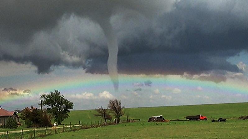 El tornado y el arcoiris