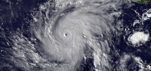 Huracan en el Pacifico