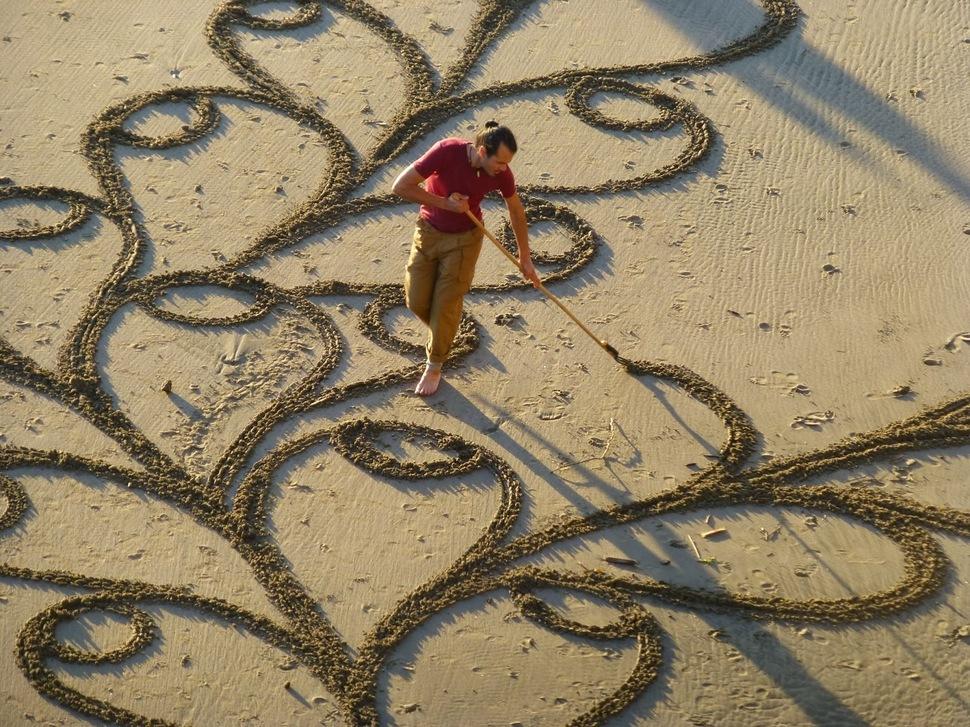 Dibujos en las playa a