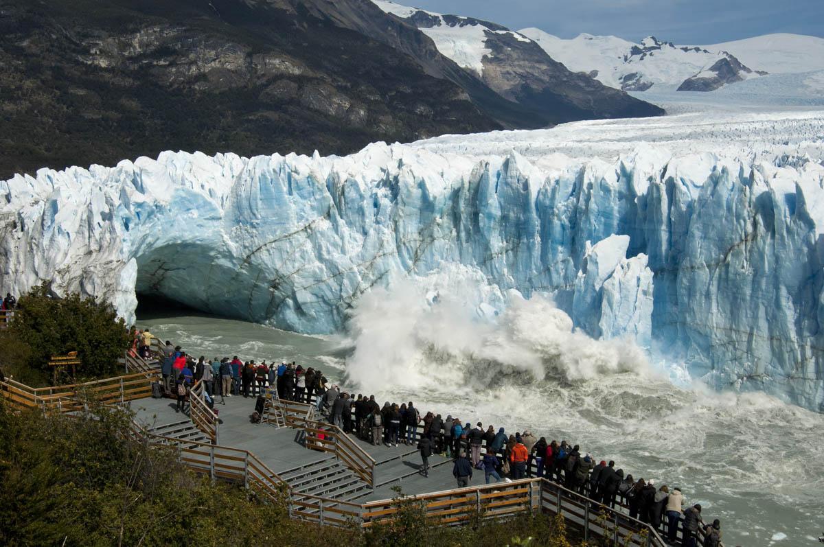 El Calafate, Santa Crúz. Registro del día de ayer del proceso de ruptura del glaciar Perito Moreno, que culminará con la caída final del arco de hielo en el Parque Nacional Los Glaciares. Foto: Secretaria de Turismo Municipal del Calafate