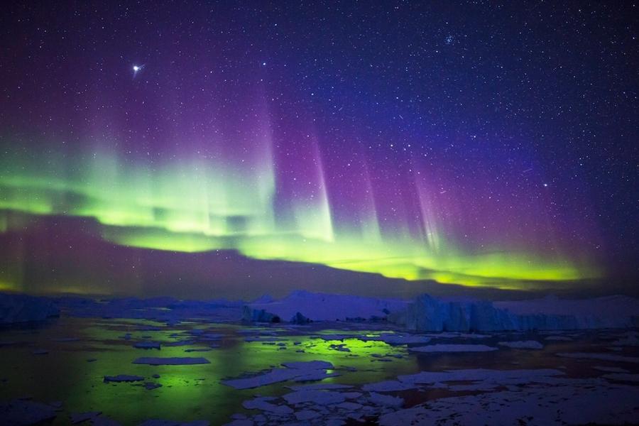 Ian-Jones-aurora_1459731031