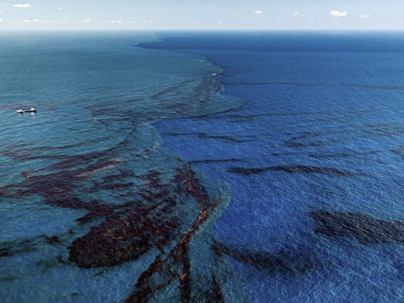 Petroleo en el mar 4