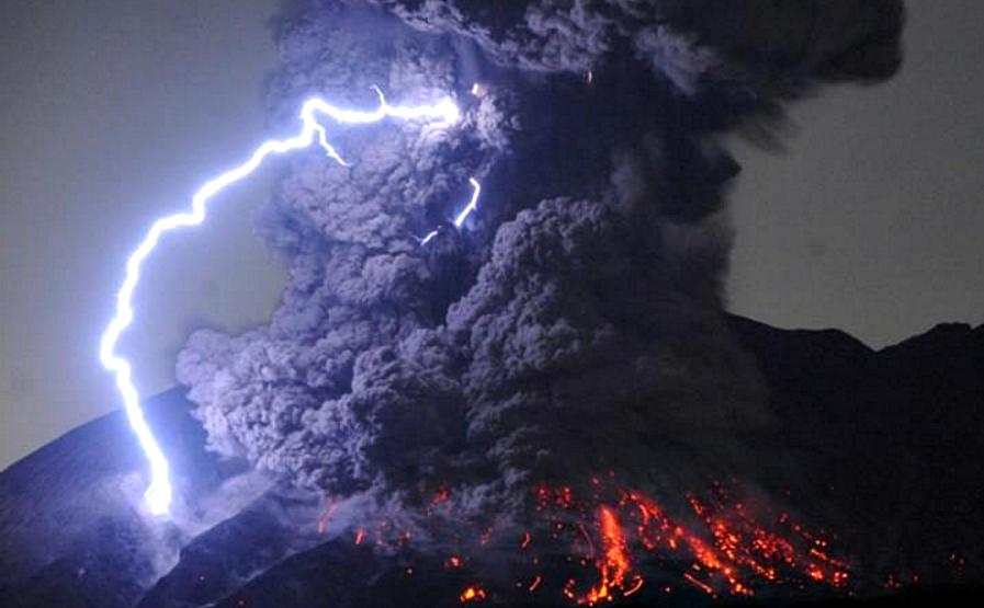 Erupcion Volcan Sakurajima 5