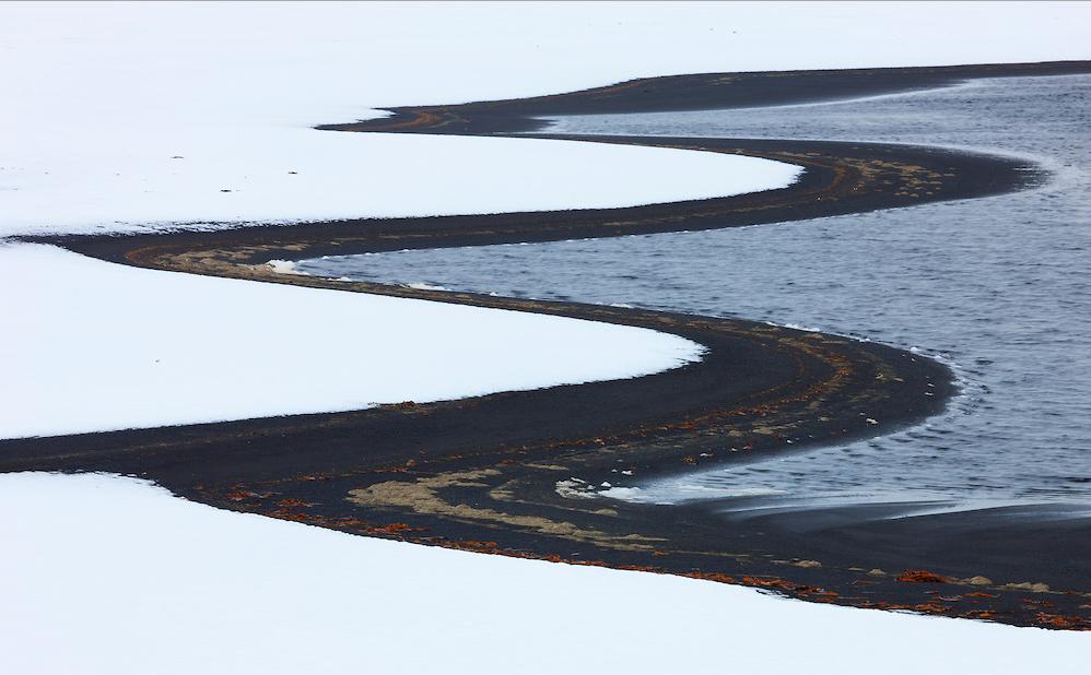 La-nieve-oscura-una-nueva-amenaza-para-los-glaciares 4