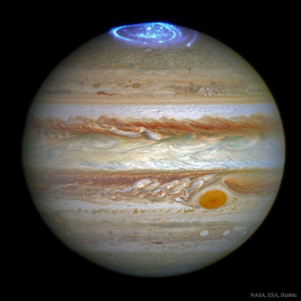 jupiter_auroras_hubble-789400