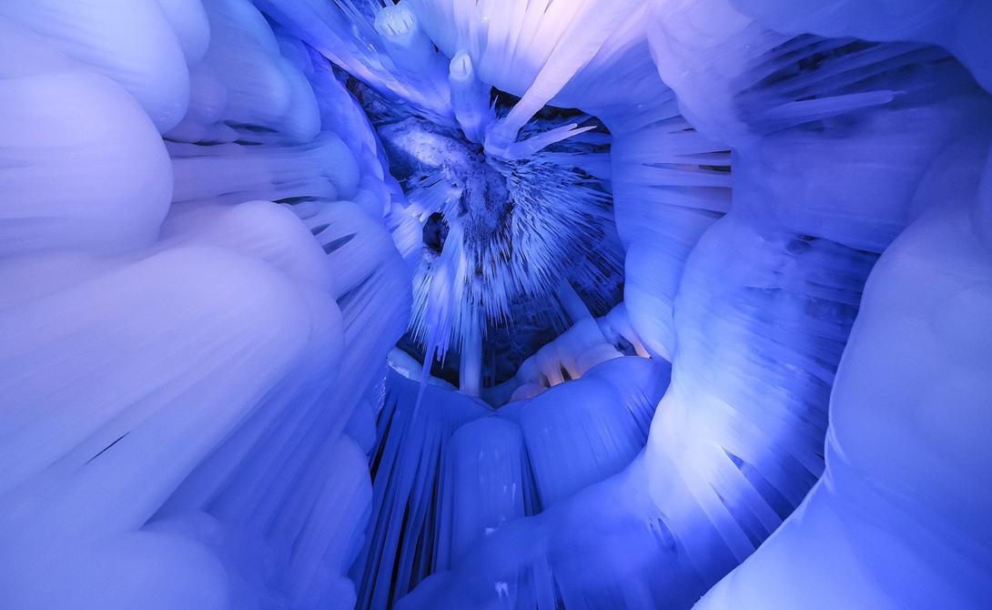 La cueva de hielo 1