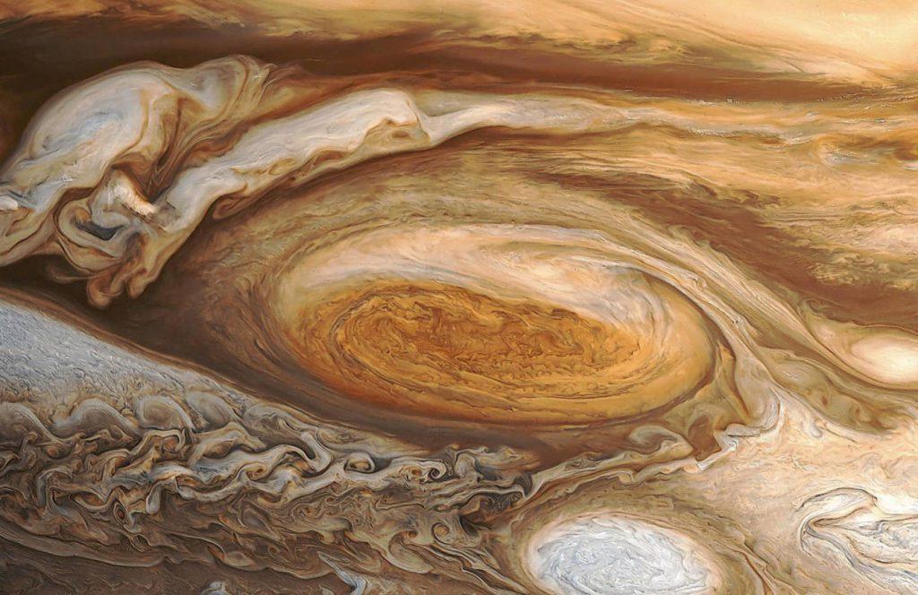 Tormenta en el sistema solar 2