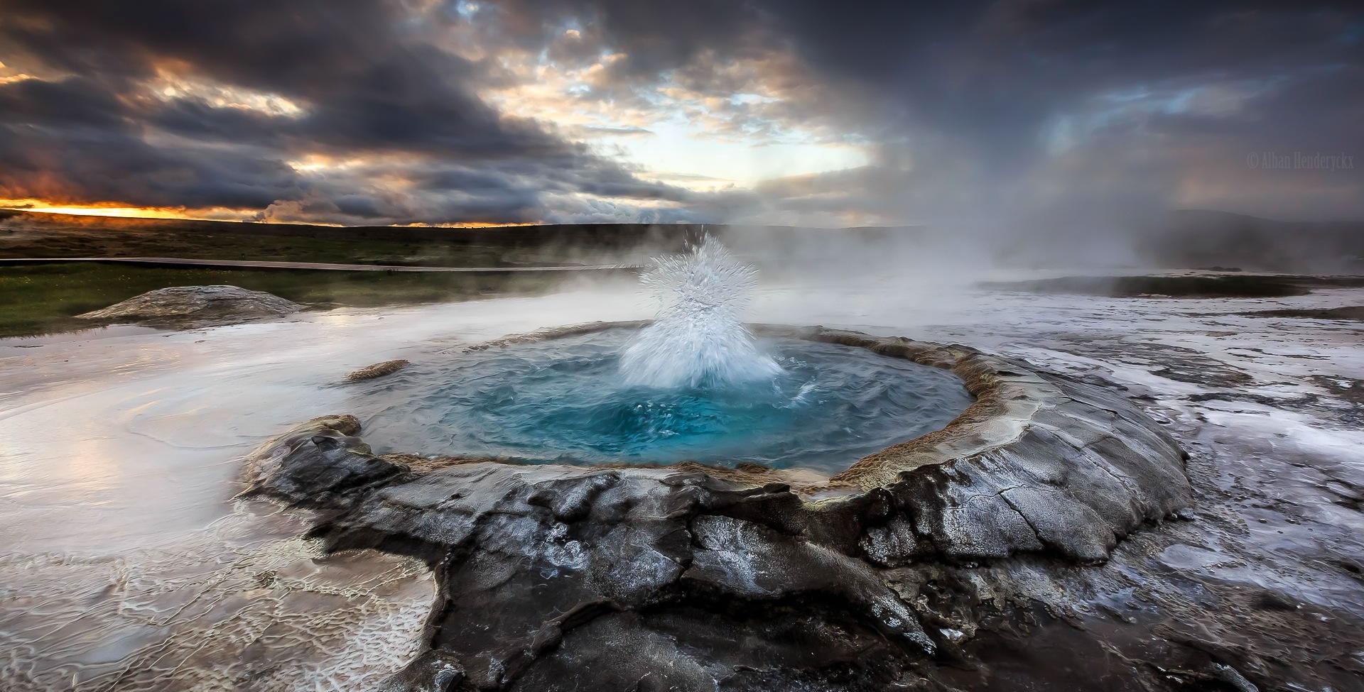 geiser-de-las-tierras-altas-de-islandia
